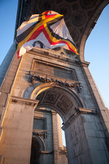 Flag in Triumphal Arch in Cinquantennaire Parc in Brussels , Bel