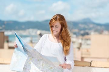 junge frau auf reisen