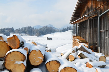 Winterlandschaft - Alte Scheune -
