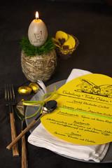 Einladung zum Osteressen mit Menükarte