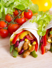 Mexican fajitas (tortilla wrap)