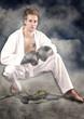 Mann mit Karateanzug