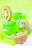 Tarragon green drink with kiwi
