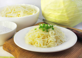 Sauerkraut and igredients for making it