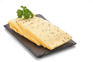 Fromage à  raclette aux graines de moutarde