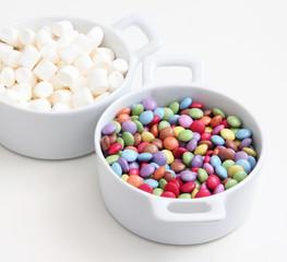 Schokolinsen und Marshmellows