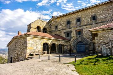Santuario de Nuestra Señora de Oro (Alava, España)