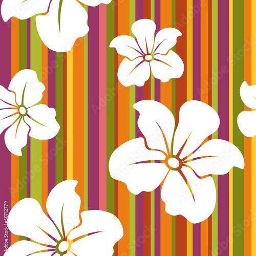 Białe kwiaty na tle paski. Wektor bez szwu.