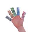 Hand mit Euroschein-Rollen an den Fingern