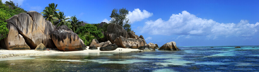 panorama sur jagon bleu des seychelles © joël BEHR