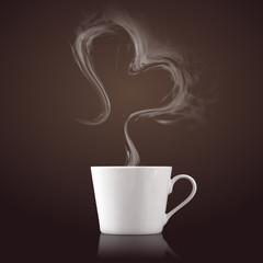 Kaffeetasse mit Dampf in Herzform