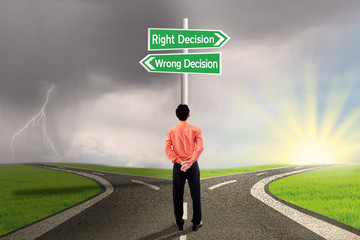 Businessman choose right or wrong decision