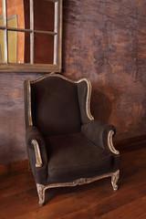 fauteuil bergère dans intérieur ancien