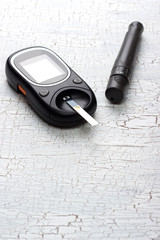 device for measuring blood sugar