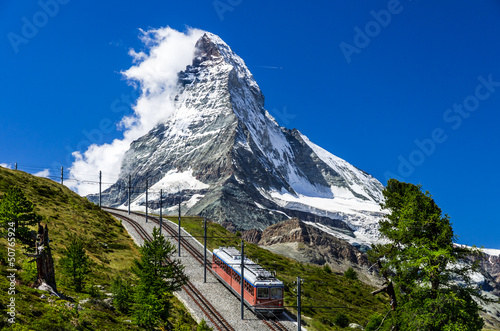 Fotobehang Alpen Gornergrat train and Matterhorn. Switzerland