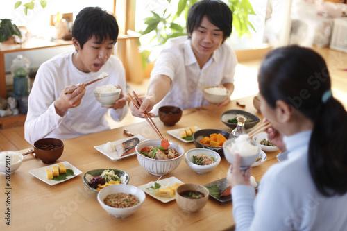 家族の食卓