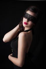 Черная маска,кружево