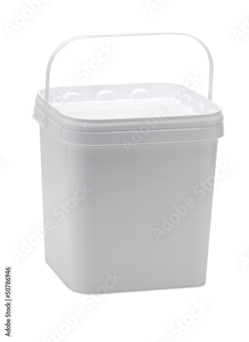 white bucket(path)