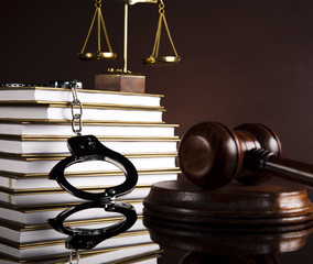 Handcuffs, Judges gavel