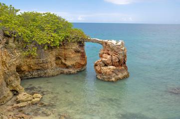 Arco natural en Cabo Rojo, Puerto Rico