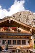 Berghütte und Cirspitzen - Dolomiten - Alpen