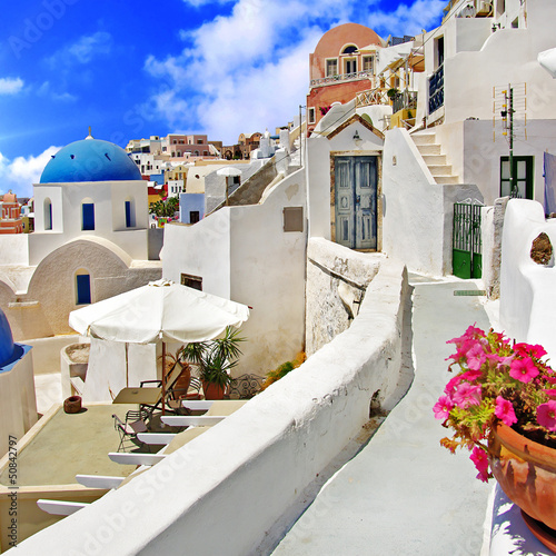 charming streets of Santorini