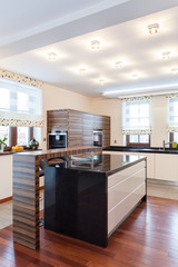 Grand design - kitchen
