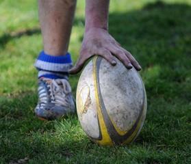 ramasser le ballon au rugby