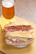 sandwich with ham and bier