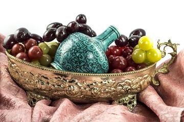 Üzüm ve şarap tası yada şarap çanağı