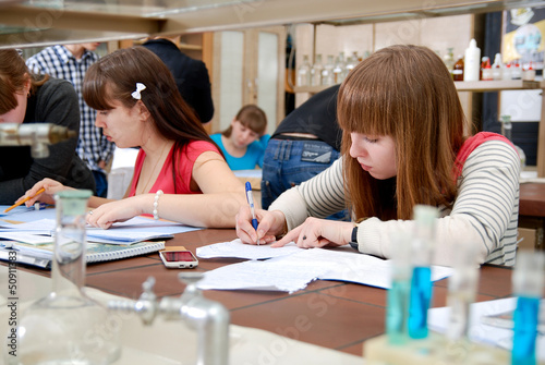 Students at work in the laboratory of chemistry