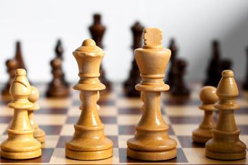 Schachfiguren - König, Königin, Läufer