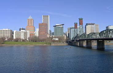 Portland Oregon skyline and river.