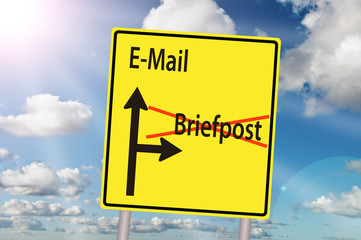Email Briefpost