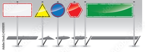 Detailed road sign labels set
