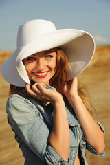 attractive, beauty, blonde, girl, hat, natural, smiling,