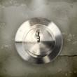 Keyhole, old-style