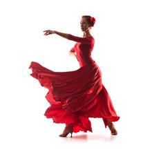 Frau Tänzerin mit rotem Kleid