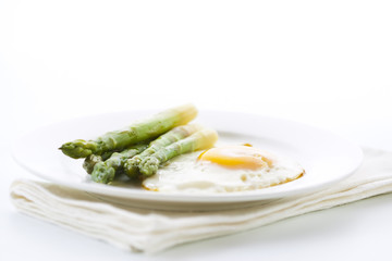 Asparagus and fried eggs