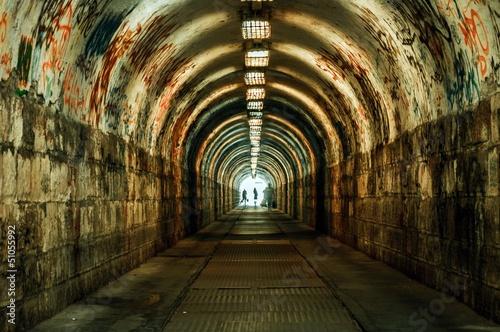 Urban underground tunnel - 51055992