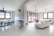 Vibrant cottage - living room