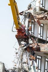 demolizione controllata