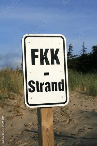FKK Schild am Suedstrand von Wyk auf Foehr.. von Jörg