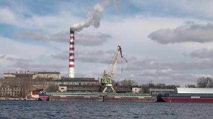 Repair cranes in the port
