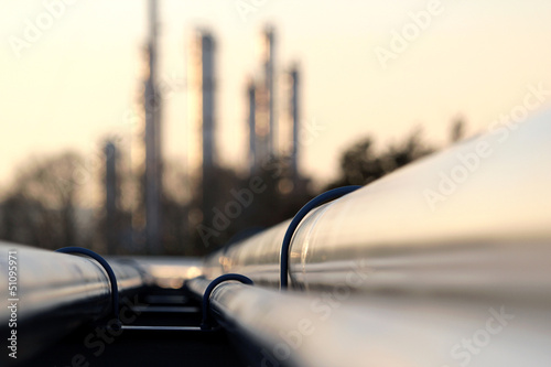 Staande foto Industrial geb. pipe line conection in oil refinery