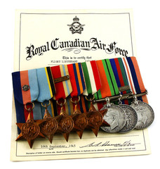Royal Canadian Air Force Flight Lieutenant World War 2 medals