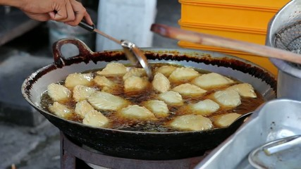 Hawker Vendor Deep Frying Curry Puffs in Wok 1080p
