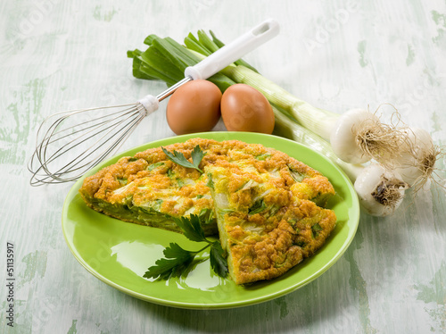 omelette with onions and leek