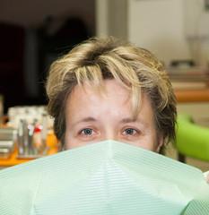 Mature woman have fear berofe dental examination