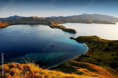 Staande foto Indonesië Komodo island national park